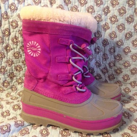 897eb3f19ab UGG Pink Snowboots